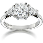 cushion-cut-engagement-ring